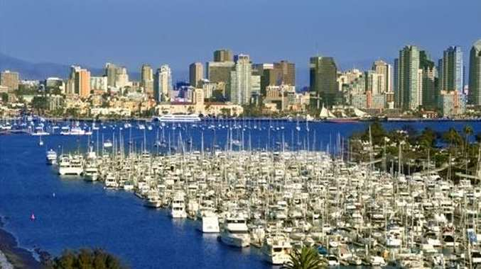 Located just off I-8 and I-5 freeways, minutes from Downtown, San Diego Convention Center, USD, UCSD, SDSU, Gaslamp Quarter and beautiful beaches.